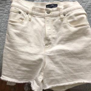 J Crew Mercantile white shorts size 31